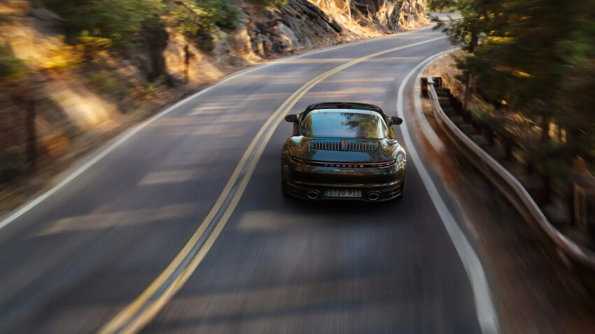 Macan on Road